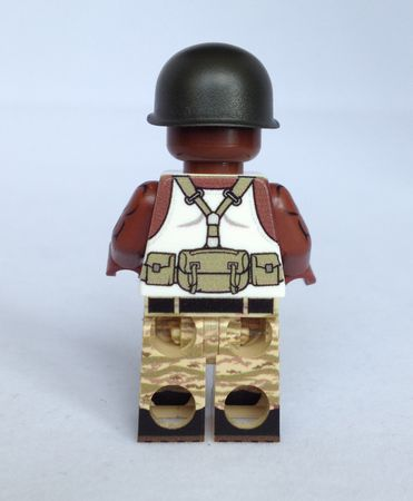 Hunter Redux Brown eclipseGrafx Custom Minifigure Back