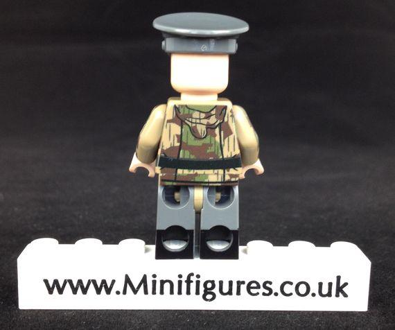 MinifigsRus Fallschirmjager Officer Back