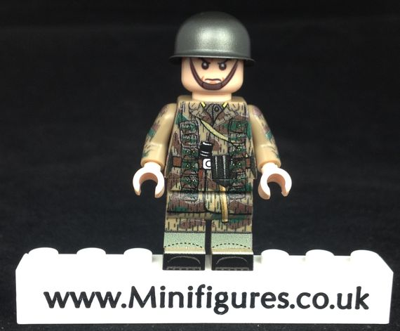 German Paratrooper FG42 LeYiLeBrick Custom Minifigure