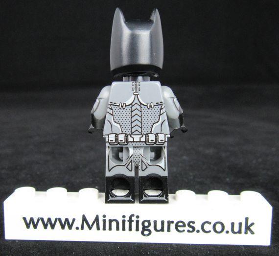 Batman 159 LeYiLeBrick Custom Minifigure Back