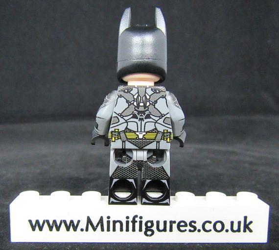Batman Arkham LeYiLeBrick Custom Minifigure Back
