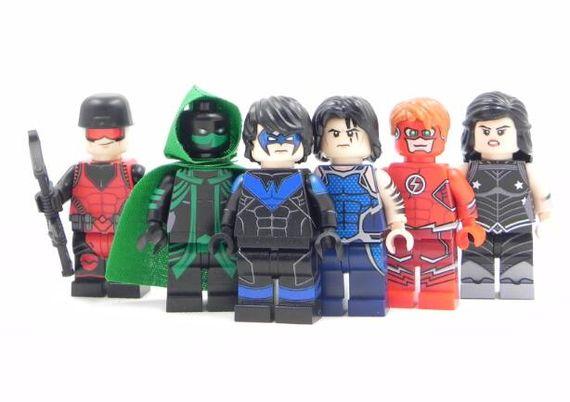 Teen Titans LeYiLeBrick Custom Minifigures
