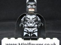 Batman Legend LeYiLeBrick Custom Minifigure