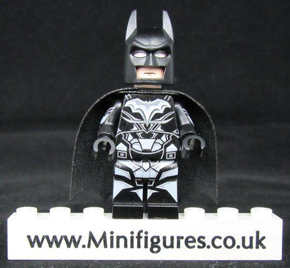 Batman Legend LeYiLeBrick Custom Minifigure