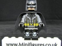 Batman Tactical Batsuit LeYiLeBrick Custom Minifigure