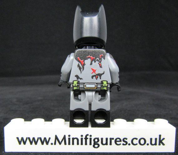 Batman Zombie LeYiLeBrick Custom Minifigure Back
