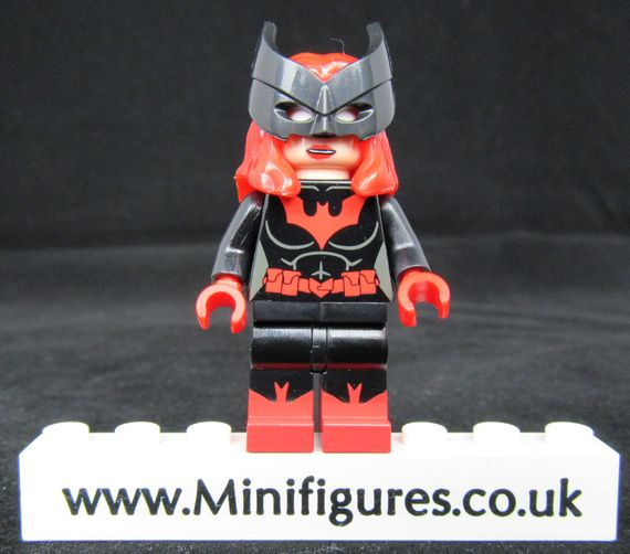 Lady Knight Custom Minifigure