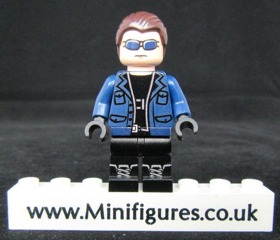 Captain Cold LeYiLeBrick Custom Minifigure