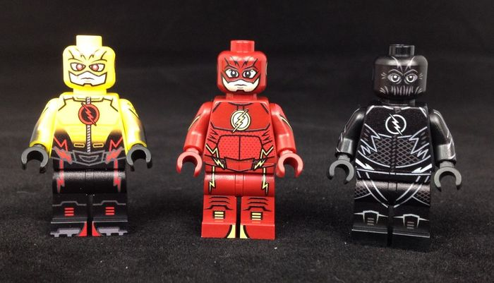 Onlinesailin Flash Custom Minifigures