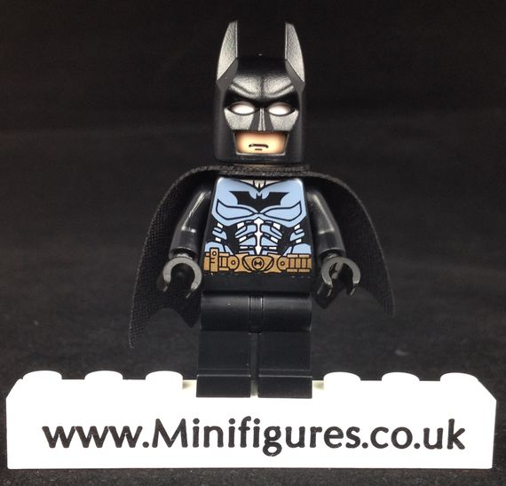 Batman LeYiLeBrick Custom Minifigure