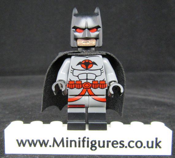 Thomas Wayne LeYiLeBrick Custom Minifigure