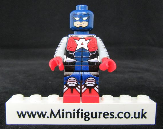 Commander A LeYiLeBrick Custom Minifigure