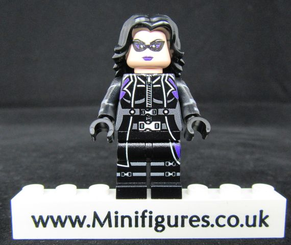 Huntress LeYiLeBrick Custom Minifigure