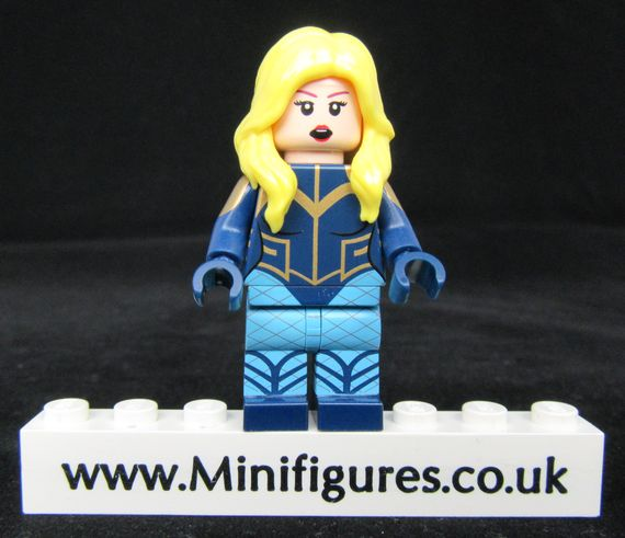 Pretty Bird Diamond CustomBricks Custom Minifigure