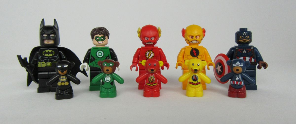 Green Lantern Bunka Bricks Bear