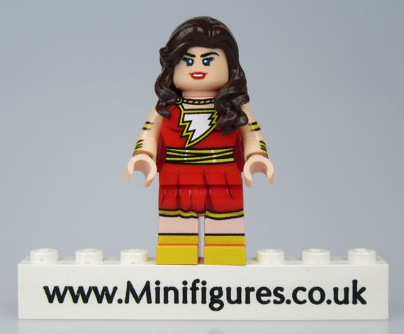 Mary Marvel LeYiLeBrick Custom Minifigure